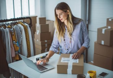Плюсы и минусы бизнес-модели e-commerce